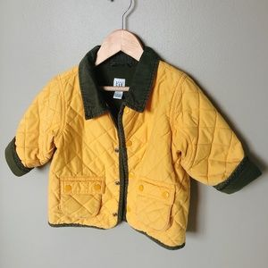 GAP  Yellow quilted jacket with collar 18-24m